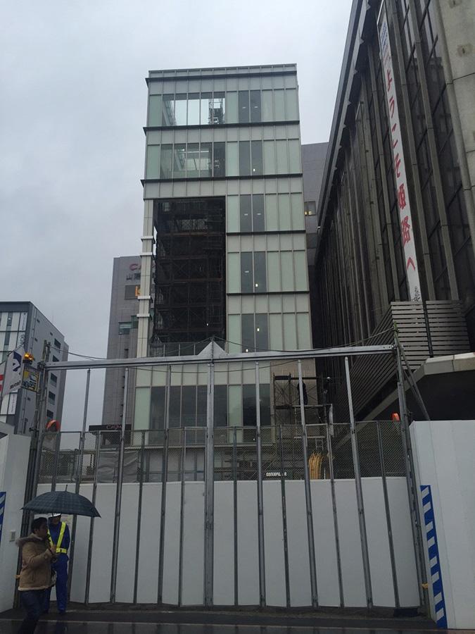 いつのまにか神姫バスの新ビルのロゴがお目_5556