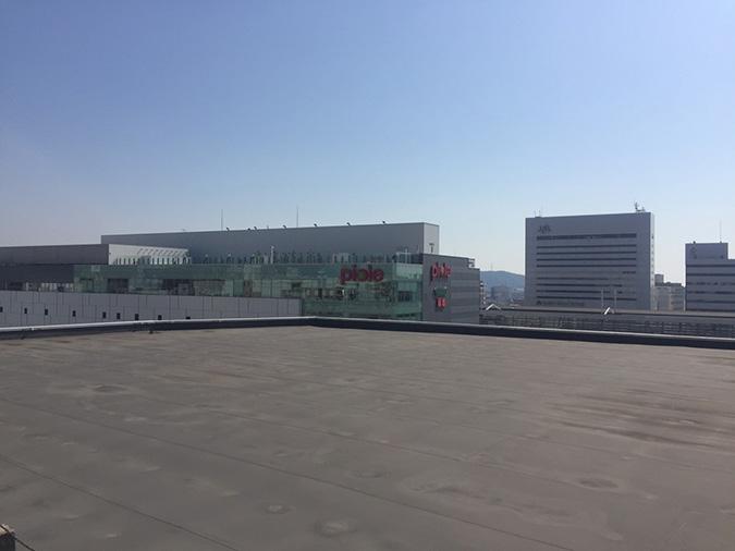 神姫バスの屋上から撮った姫路城_5256