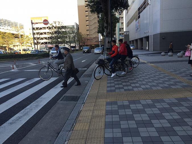 オープン戦があったみたい、姫路駅で横浜の_4393