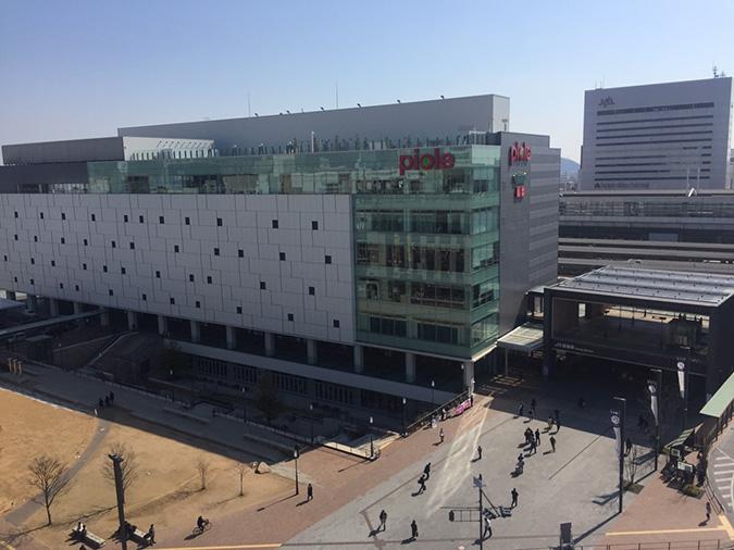 神姫バスの屋上から撮った姫路城_4098