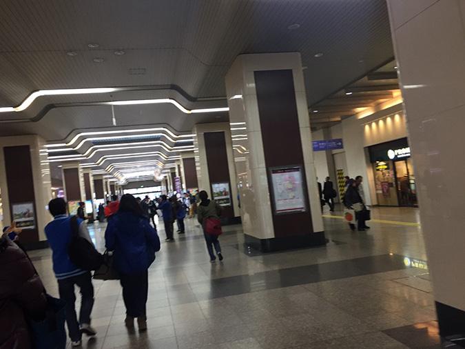 オープン戦があったみたい、姫路駅で横浜の_9427