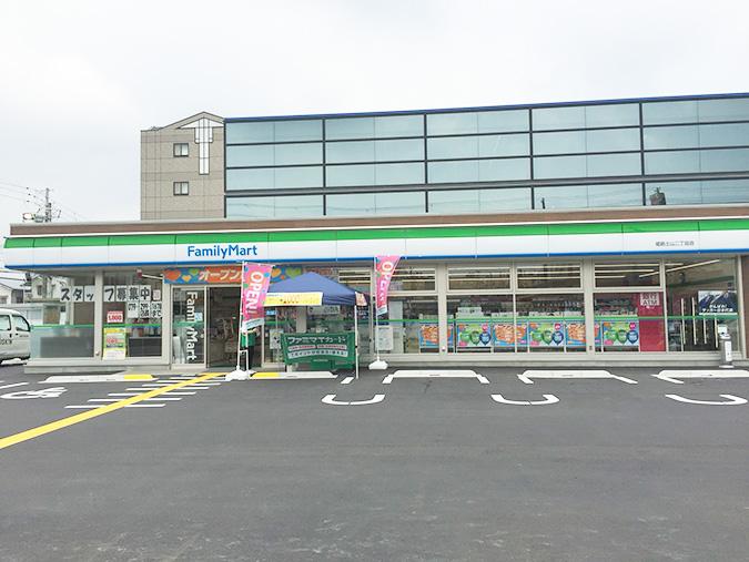ファミリーマート姫路土山二丁目_624