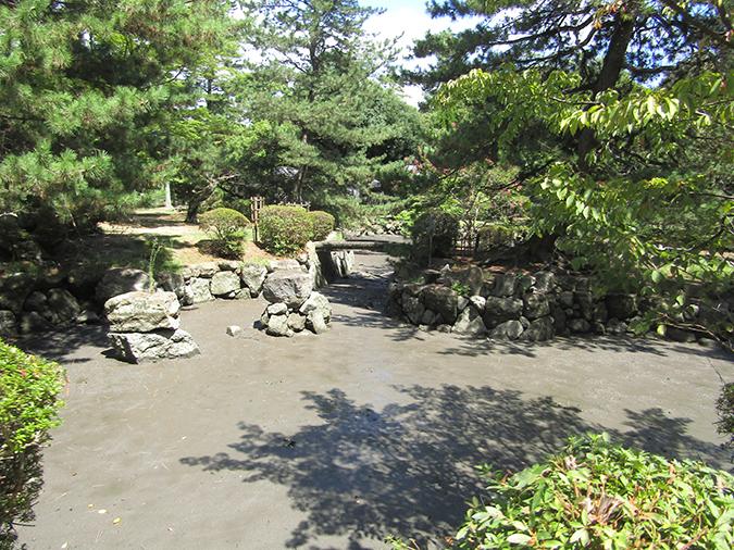 今日の姫路城水位が下がって20