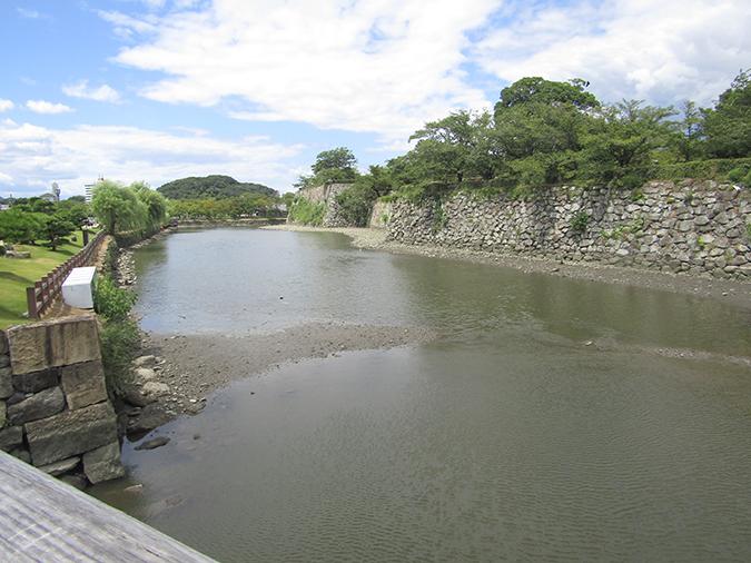 今日の姫路城水位が下がって8