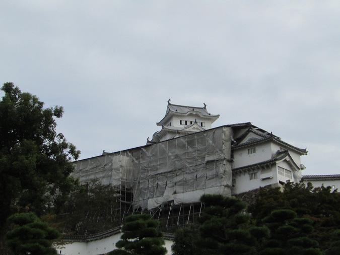 姫路城、修理中の櫓公開2