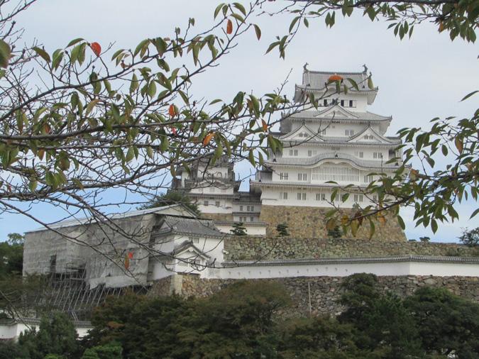 姫路城、修理中の櫓公開
